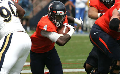 Hoos Excited To Face Iconic Notre Dame