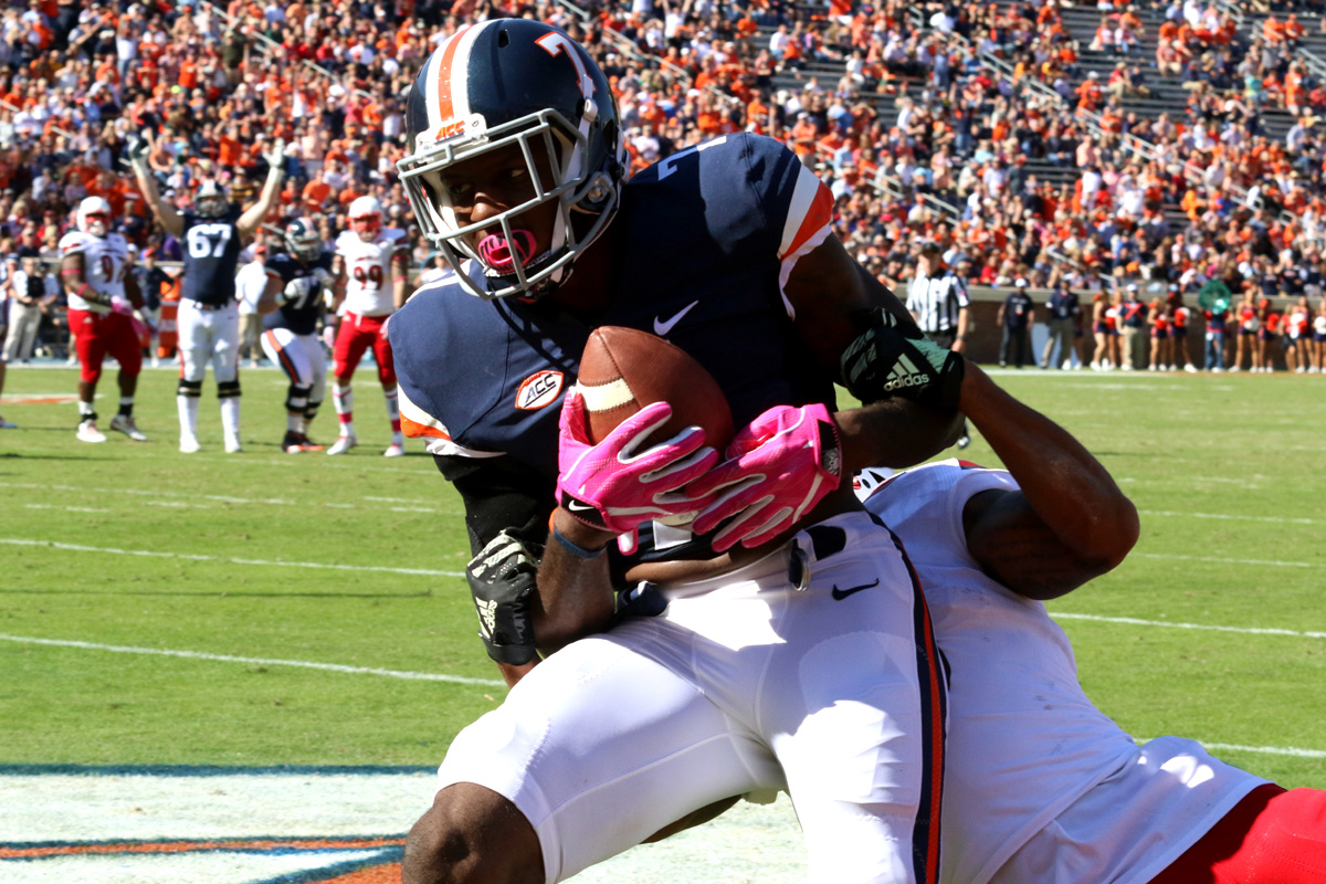 The Virginia football team fell to 2-6 on the season.
