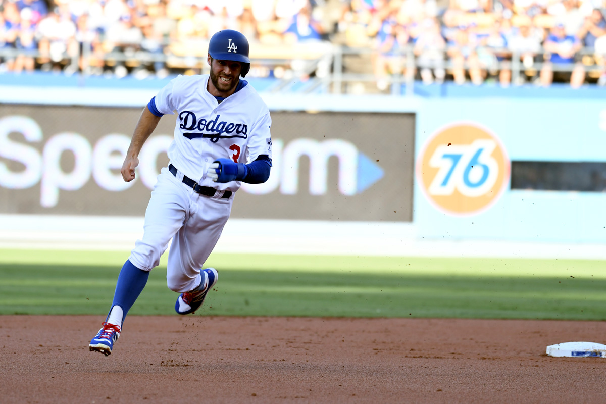 Chris Taylor rounds the bases.