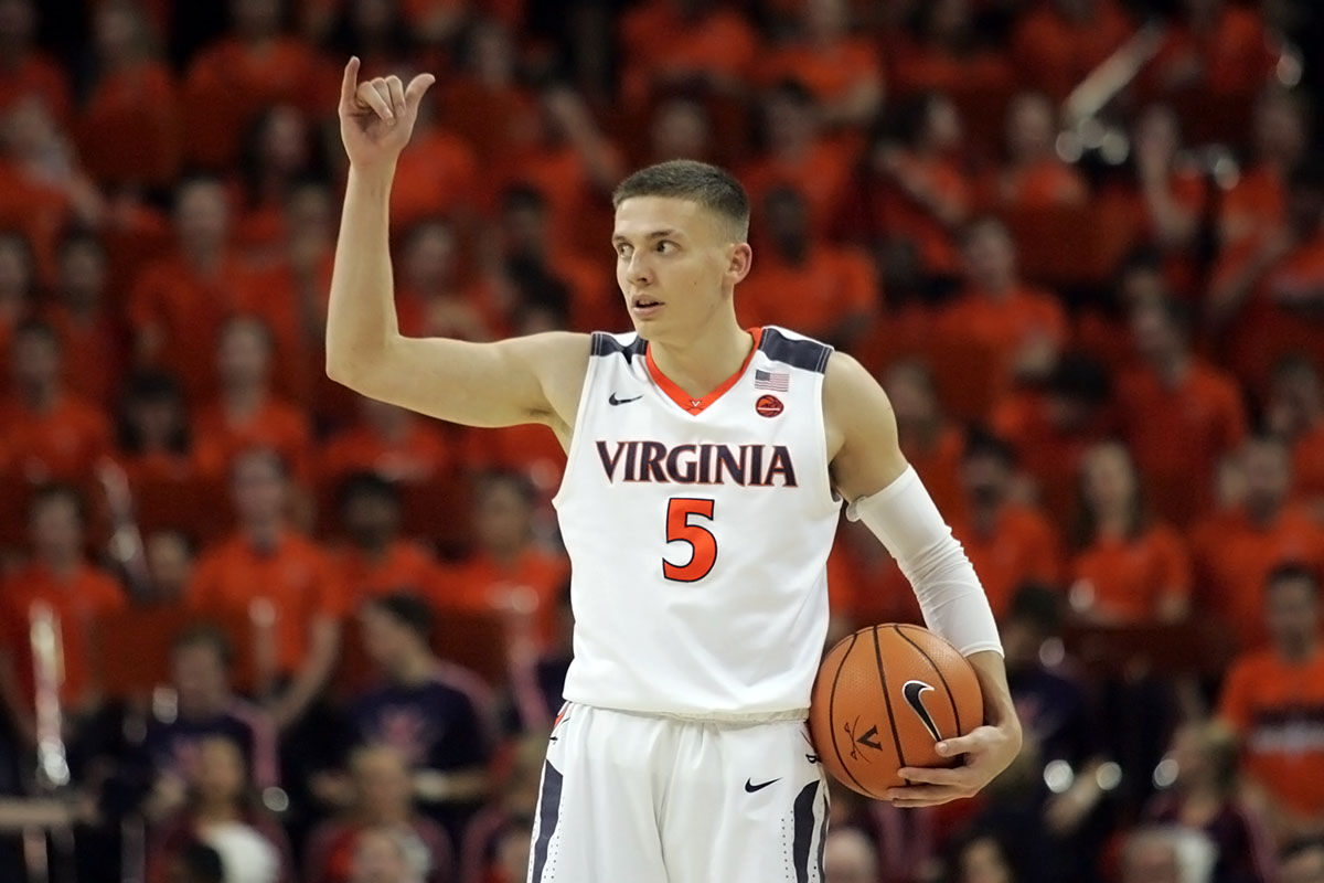 The Virginia basketball team enters the exam break at 8-1.