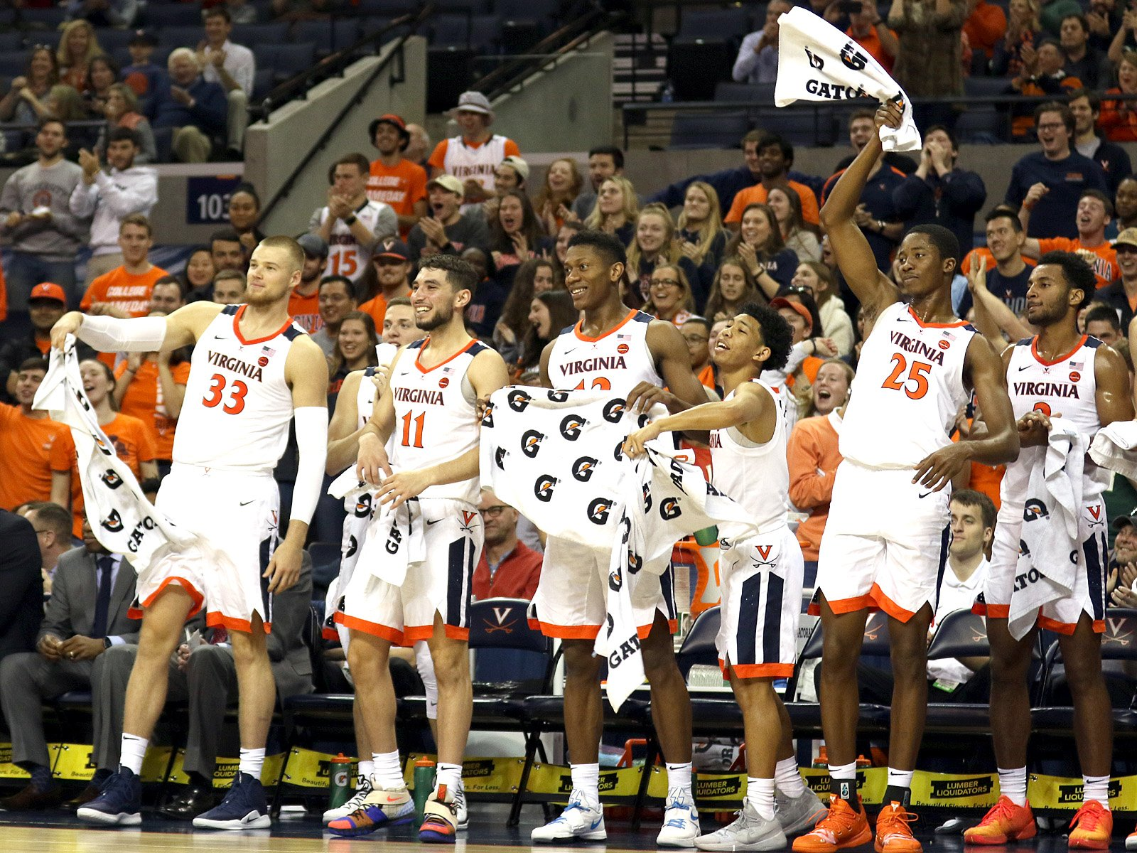Virginia snared a road win at Boston College.