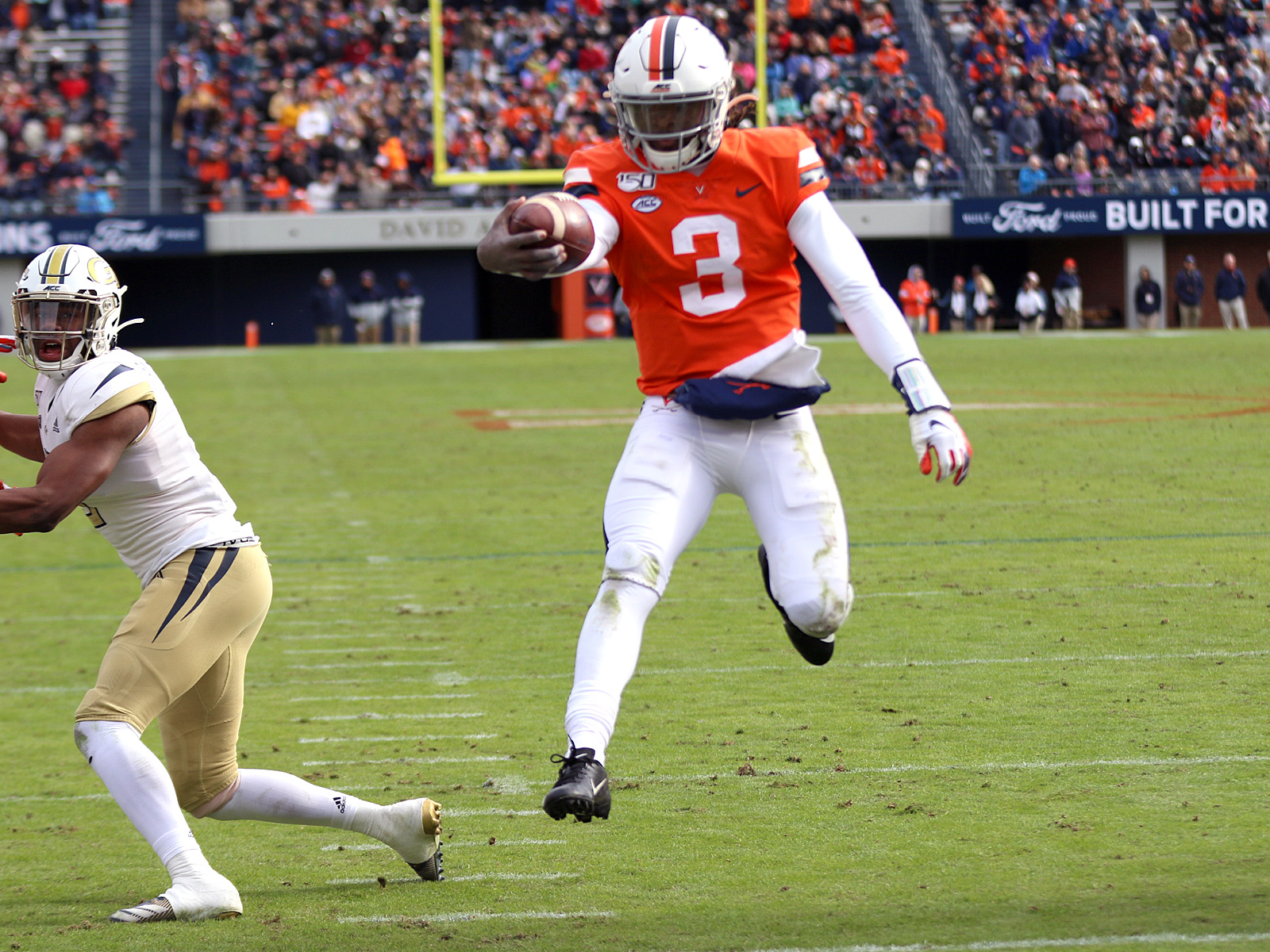 Virginia won 17 games with Bryce Perkins.